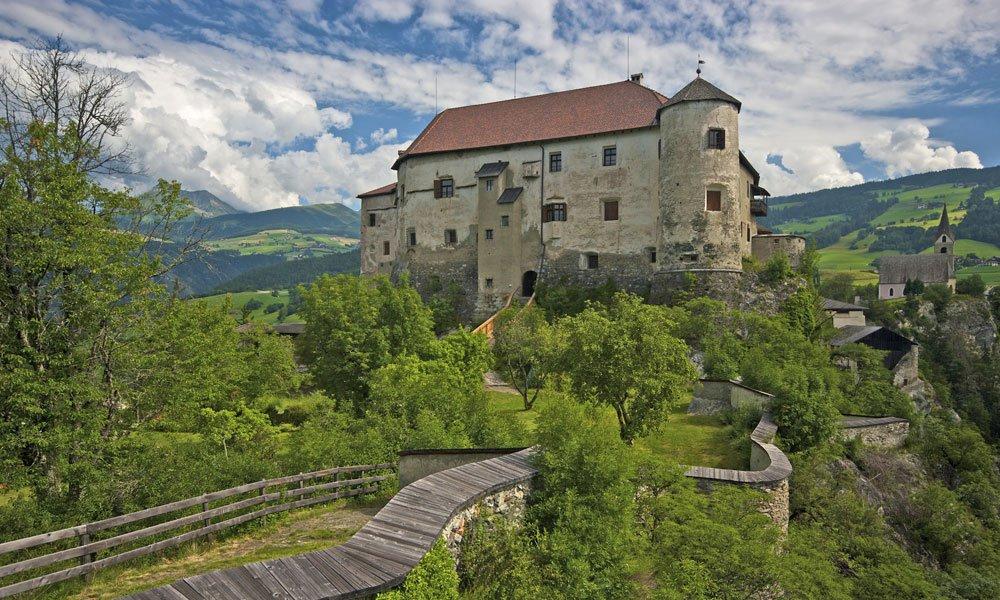 Castello di Rodengo
